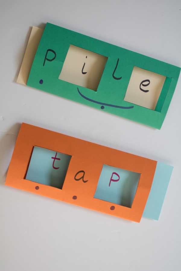 Simple DIY sliding word cards to support your child as they learn to read