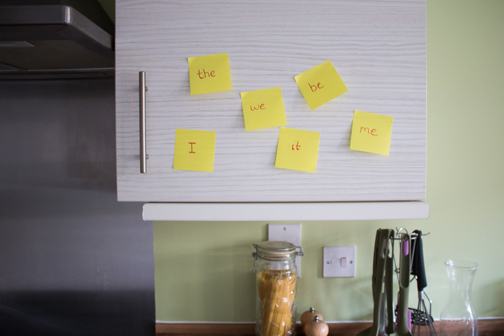 Using post-it notes to help your little reader read with fluency.