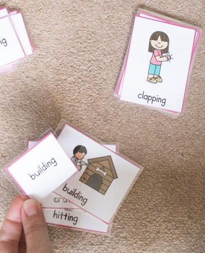 Matching verbs from word and picture cards