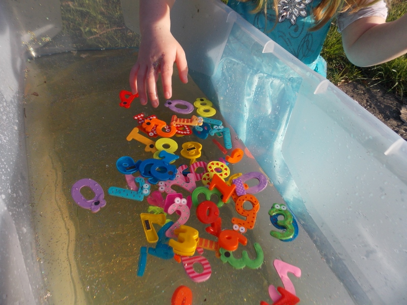 Finding numbers in water play